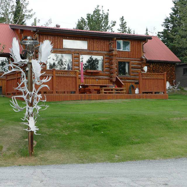 Carnivore Cabins in Haines Junction